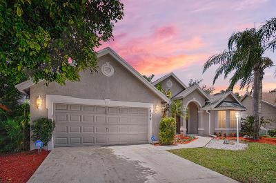 Wellington Single Family Home For Sale: 13072 Meadowbreeze Drive