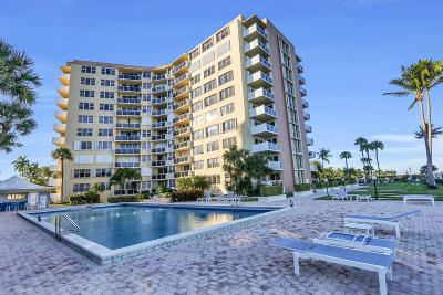 West Palm Beach Condo For Sale: 2800 Flagler Drive #105