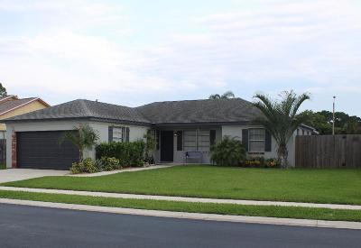 Jupiter Single Family Home For Sale: 211 Wandering Trail