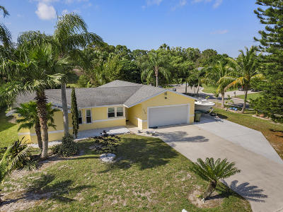 Royal Palm Beach Single Family Home For Sale: 218 Infanta Avenue