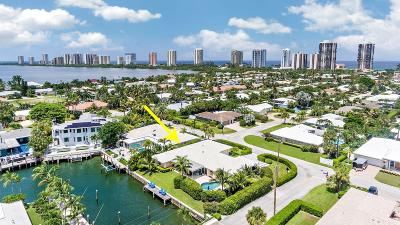 Singer Island Single Family Home For Sale: 3905 Sunset Lane