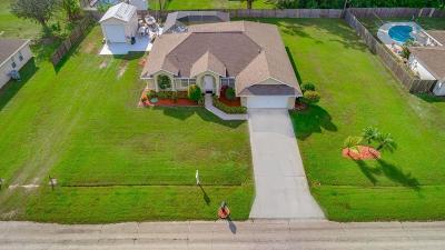 Port Saint Lucie Single Family Home For Sale: 1372 SE Proctor Lane