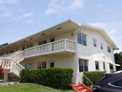 West Palm Beach Condo For Sale: 120 Coventry E