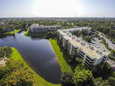 Delray Beach Condo For Sale: 2070 Homewood Boulevard #208