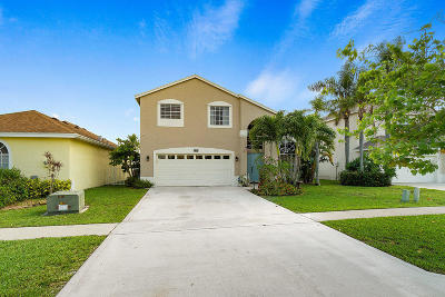 Royal Palm Beach Single Family Home For Sale: 106 Meadowlands Drive