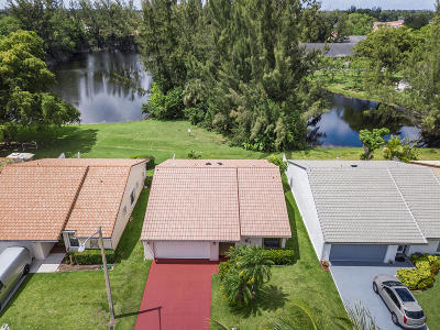 Delray Beach Single Family Home For Sale: 5649 American Circle