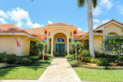 Boynton Beach Single Family Home For Sale: 10377 Muirfield Road