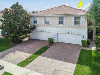 Palm Beach Gardens Townhouse Contingent: 9151 Villa Palma Lane