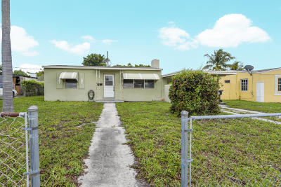 Lake Worth Single Family Home For Sale: 1401 S 12th Avenue