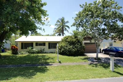 Jupiter Single Family Home For Sale: 720 S Pennock Lane
