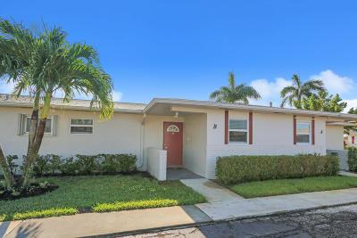 West Palm Beach Condo For Sale: 2761 Emory Drive W #B