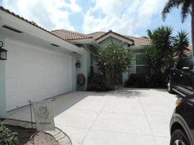 Jupiter Single Family Home For Sale: 200 Hampton Circle