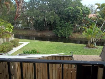 Palm Beach Gardens Townhouse For Sale: 517 5th Court