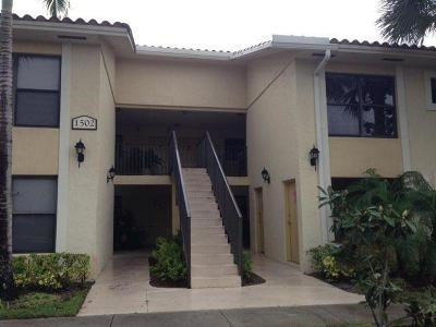 West Palm Beach Condo For Sale: 1502 Lake Crystal Drive #H