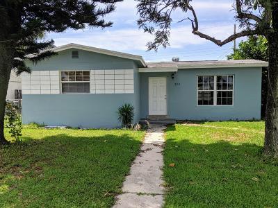 Boynton Beach Single Family Home For Sale: 200 Ocean Parkway