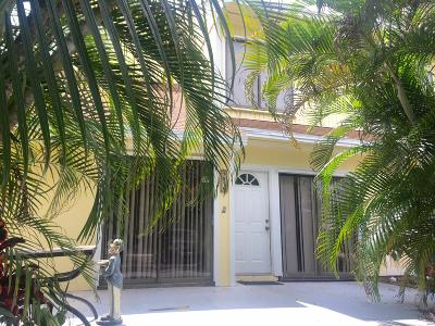 Palm Beach Gardens Townhouse For Sale: 9056 Green Meadows Way