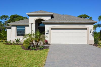 Vero Beach Single Family Home For Sale: 8344 Paladin Square