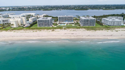 Palm Beach Condo For Sale: 2660 S Ocean Boulevard #202s