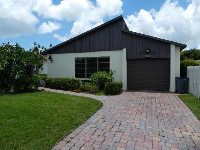 Boynton Beach Single Family Home For Sale: 5222 Mirror Lakes Boulevard