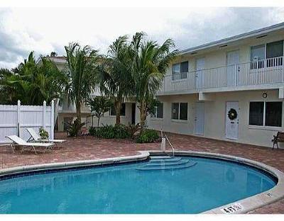 Fort Lauderdale Condo For Sale: 1878 NE 46th Street #C7