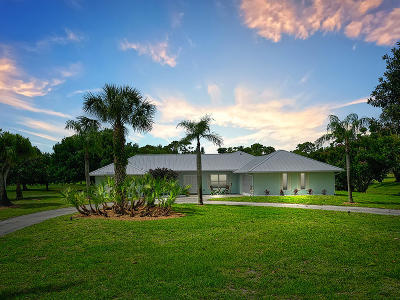 Single Family Home Contingent: 3802 SW Bimini Circle