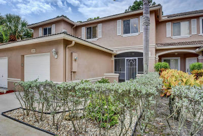 Lake Worth Townhouse For Sale: 4631 Pinemore Lane