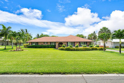 Lake Worth Single Family Home For Sale: 6889 High Ridge Road