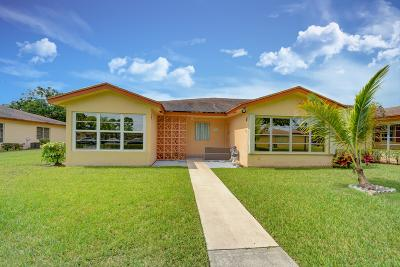 Delray Beach Condo For Sale: 14572 Canalview Drive #B