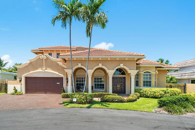 Boca Raton Single Family Home For Sale: 681 NE 30th Place