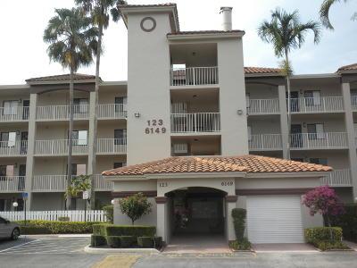 Delray Beach Condo For Sale: 6149 Pointe Regal Cir #404