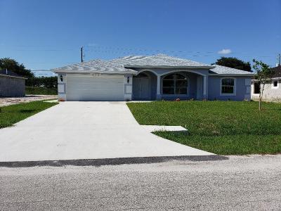 Port Saint Lucie Single Family Home For Sale: 931 SW Janette Avenue