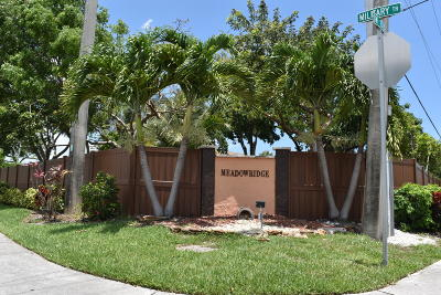 Deerfield Beach Condo For Sale: 2323 SW 15th Street #43