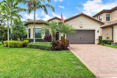 Delray Beach Single Family Home For Sale: 8177 Hutchinson Court