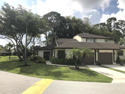 Boca Raton Townhouse For Sale: 20896 Boca Ridge Drive W