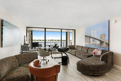 North Palm Beach Condo For Sale: 132 Lakeshore Dr Drive #619