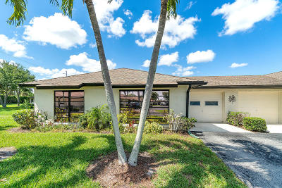 Boynton Beach FL Condo For Sale: $189,000