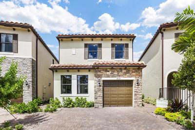Riviera Beach FL Single Family Home For Sale: $372,000