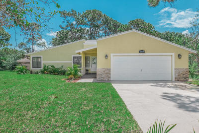 Fort Pierce Single Family Home For Sale: 6008 Seagrape Drive