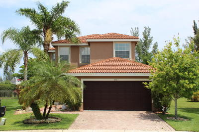 Royal Palm Beach Single Family Home Contingent: 560 Peppergrass Run