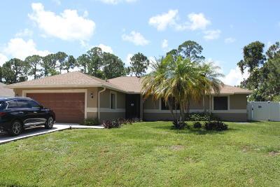 Port Saint Lucie Single Family Home For Sale: 772 SE Walters Terrace