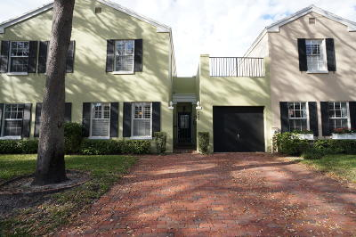 Boca Raton Townhouse For Sale: 5943 Catesby Street