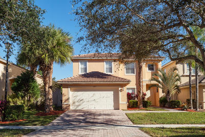 West Palm Beach Single Family Home For Sale: 5297 Victoria Circle