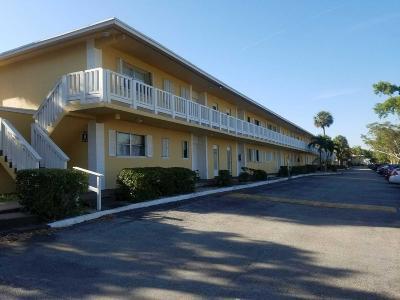 Coral Springs, Parkland, Coconut Creek, Deerfield Beach,  Boca Raton , Margate, Tamarac, Pompano Beach Rental For Rent: 560 SE 2nd Avenue #H8