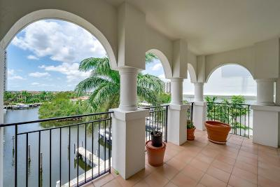 Miami-Dade County Condo For Sale: 3900 Island Boulevard #B406