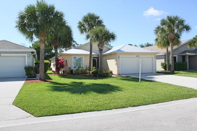 Martin County Single Family Home For Sale: 8914 SW Bonneville Dr Drive SW