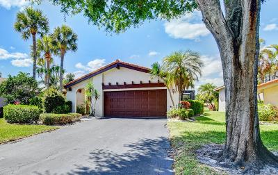 Boynton Beach Single Family Home For Sale: 5645 Lakeview Mews Drive