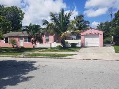 West Palm Beach Single Family Home For Sale: 4001 Greenwood Avenue