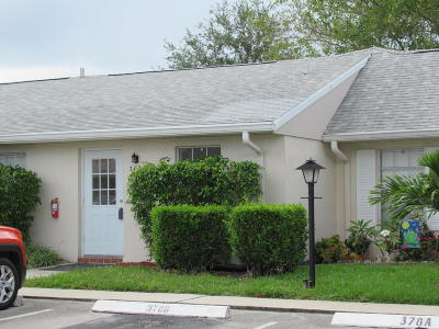 Lake Worth Single Family Home For Sale: 382 Bennington Lane