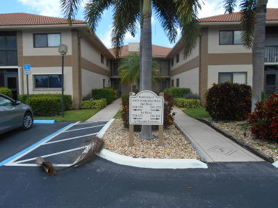 Delray Beach Condo For Sale: 15451 Pembridge Drive #212