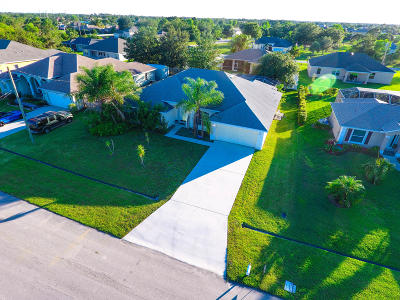 Port Saint Lucie Single Family Home For Sale: 5758 NW Cleburn Drive